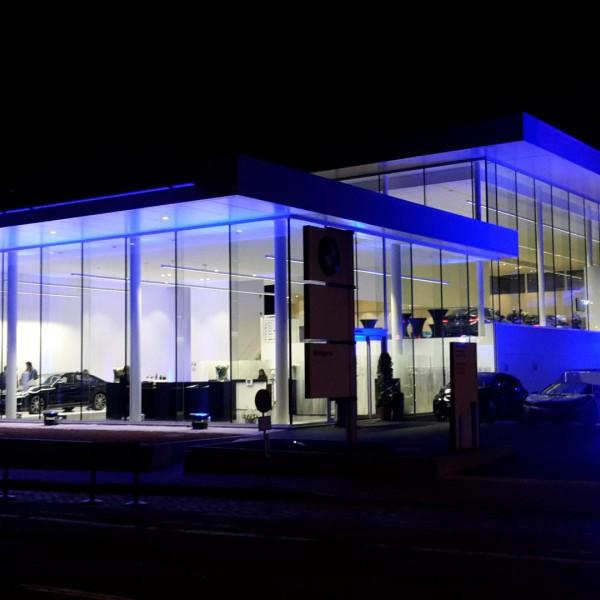 Opening BMW Monserez Kortrijk